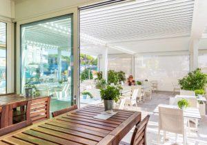 hotel-stellamare-caorle-pergola-bioclimatica-more-space-02o