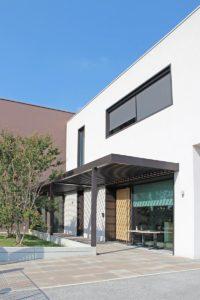 ingresso-dirigenziale-treviso-pergola-bioclimatica-more-space-gallery-2-v